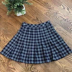H&M Navy Blue and White Plaid Pleated Short Skirt